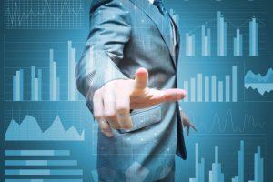 ITコンサルタントの平均年収は?年収1,000万以上を目指す方法も調査!